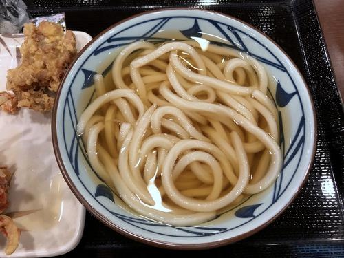 20190510丸亀製麺@天王洲 (5)かけうどん290SBHFDで0ゲソ天160エビかき揚げ120.jpg