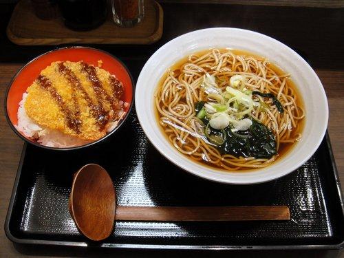 富士そば@大井町東口 (3) ミニハムかつ丼セット 500円.JPG