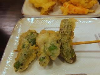 おにやんま@青物横丁(6)海鮮五目あんかけうどん並580ししとうの肉詰め天ぷら200かき揚げ150.JPG