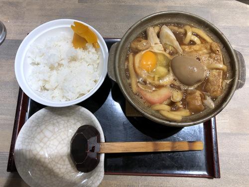 でら打ち@大森 (12)味噌煮込みうどん柔らかい麺890半熟煮玉子210半ライス150.jpg