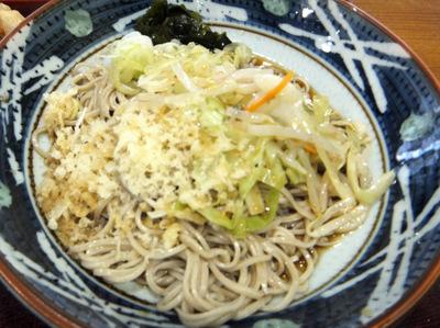 みとう庵@流通センター(6)野菜炒めそば(冷)450鶏天100.JPG