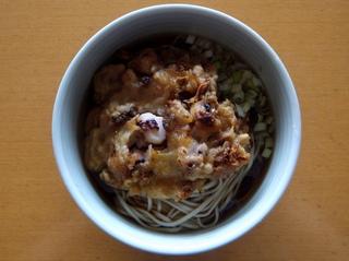 一由そば@駒込(1)おみやげJGwithおびなた生麺.JPG