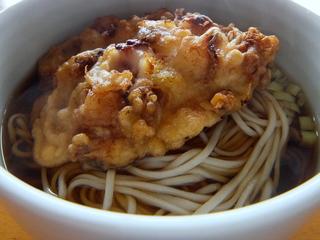 一由そば@駒込(2)おみやげJGwithおびなた生麺.JPG