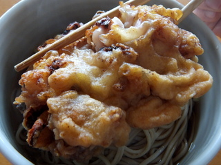 一由そば@駒込(3)おみやげJGwithおびなた生麺.JPG