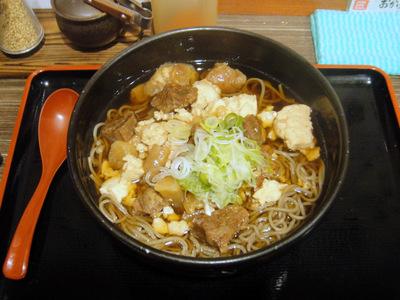 匠家@お茶の水(5)牛すじ大根そば580.JPG