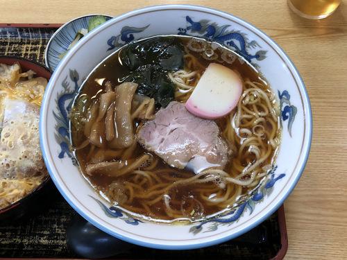 尾張屋@大井町 (8)カツ丼ラーメンセット1000ラーメンのみは650.jpg