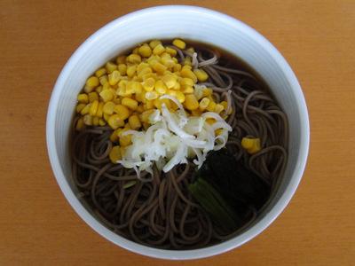 山芋そば@みうら食品+ミツカン コーンそば (1).JPG