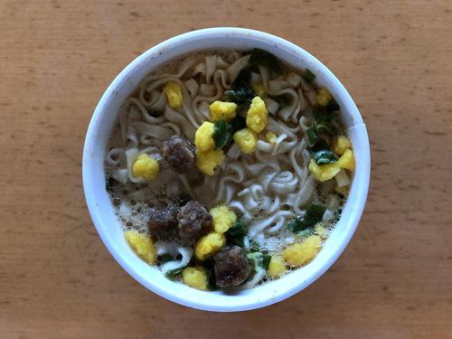 日清食品@大阪府 (8)CUP NOODLE 肉だしうどん.jpg