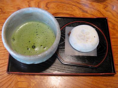 松島茶店@大宰府 (11)お抹茶セット(梅ヶ枝餅付)530.JPG