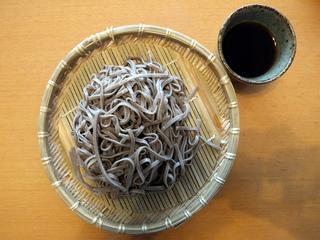 柄木田製粉@長野県(4)太切り黒い蕎麦.JPG